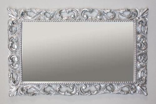 Mobili arredamenti it barocco moderno mobili e arredamenti for Cornici grandi dimensioni